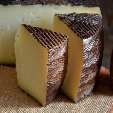 One-Year Aged Manchego, 1/2 lb Wedge