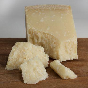 Parmigiano Reggiano, 1/2 lb Wedge