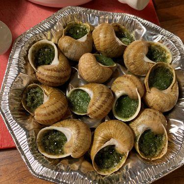 Frozen Wild Burgunday Snails in Butter and Garlic, 1 Dozen Tray